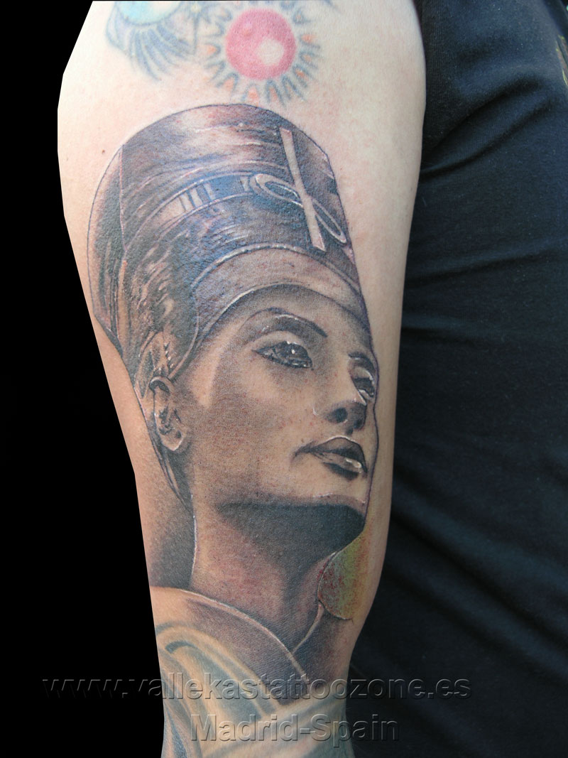 top nefertiti tattoofree tattoo images for pinterest tattoos. Black Bedroom Furniture Sets. Home Design Ideas