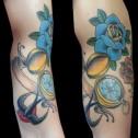 Tatuaje Brujula Rosas y Golondrina