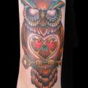 Tatuaje Buho Corazon