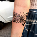 Tatuaje Mariposa Flores
