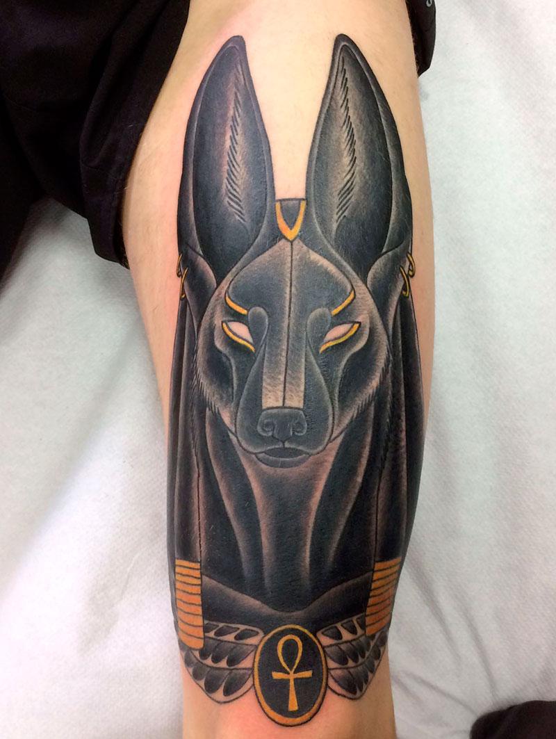 Tatuaje Anubis Vallekas Tattoo Zone