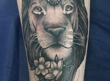 Tatuaje-Leon-Fantasia