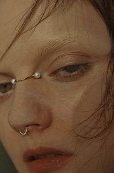piercing futurista